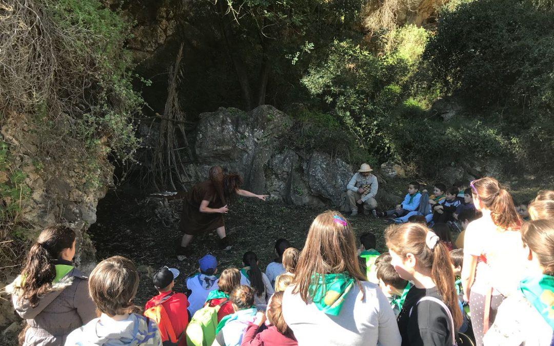 Con Belluset el neanderthal en la Cova Negra de Xàtiva